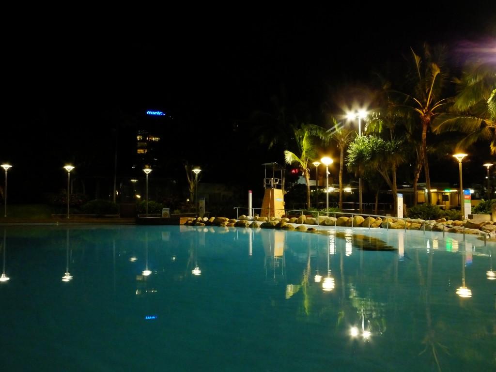 Die Lagune - eine Art kostenloses Freibad - darf in keiner australischen Großstadt fehlen